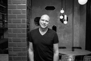 DJ Dirk Schot