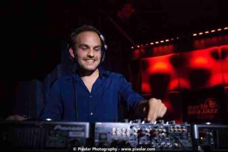 DJ The Groove Supplier Artiestenbureau Erwin Bakkum