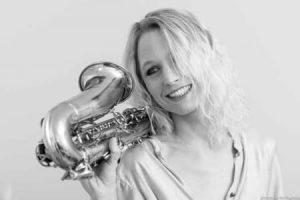 Saxofonist Kirsten Wessing